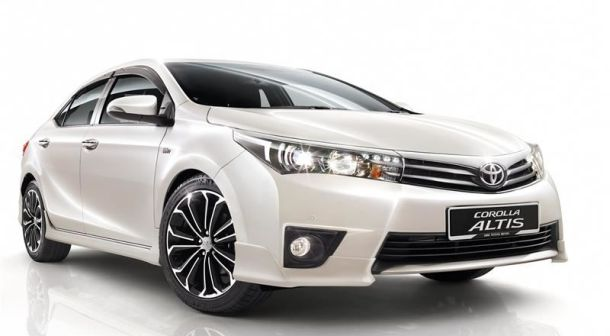 Toyota Altis 2014 review