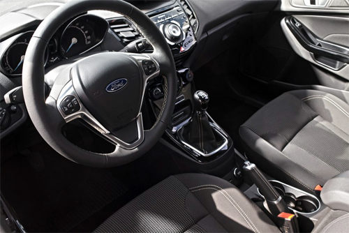 Ford-Fiesta-2015-2-7236-1431705169