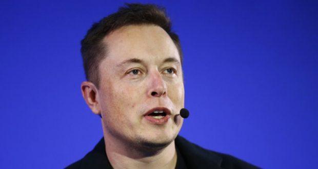 Xe tự lái Google không phải đối thủ của Tesla