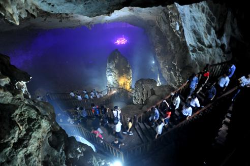 Tour du lịch tham quan động Thiên Đường
