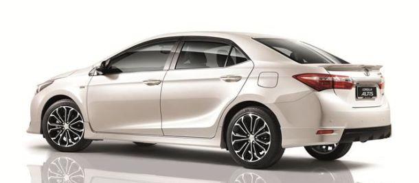 Toyota Altis 2014 review
