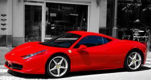 Ferrari 458 Italia Giá 15 tỷ xuất hiện tại trung tâm tp.HCM