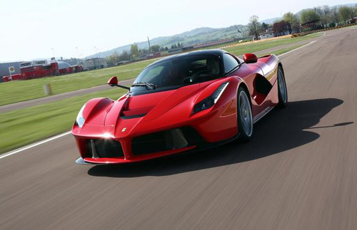 2014-ferrari-laferrari-photo-5-9119-4963-1430128774
