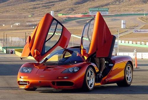 5 siêu xe V12 mạnh nhất hành tinh