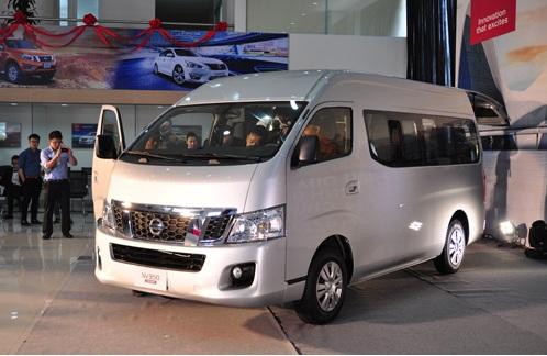 Nissan NV350 Urvan – đối thủ cạnh tranh mới của Ford Transit