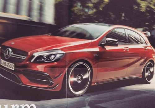 Mercedes A45 AMG mới nâng cấp sức mạnh