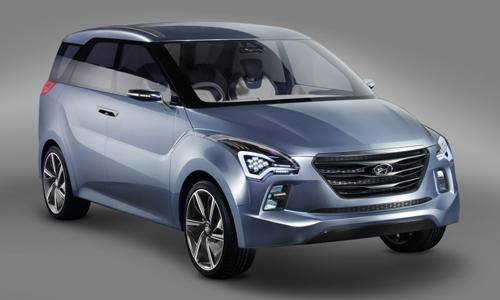 Hyundai IP – đối thủ mới cạnh tranh Toyota Innova