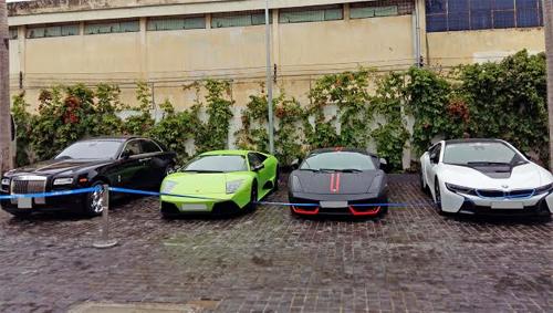 Bộ 3 siêu xe hiếm của đại gia Sài thành