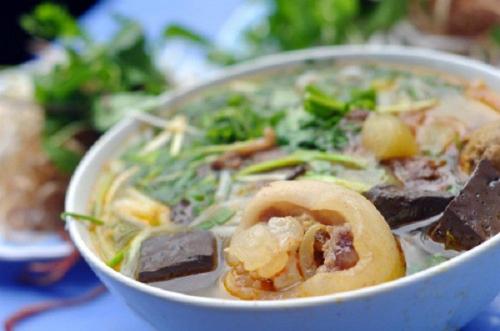 Địa chỉ để thưởng thức bún bò Huế ở Hà Nội
