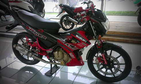 Suzuki-Raider-5