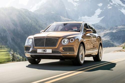 Bentley Bentayga đầu tiên xuất xưởng