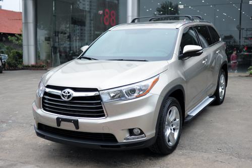 Toyota Highlander 2016 bản giới hạn về Hà Nội