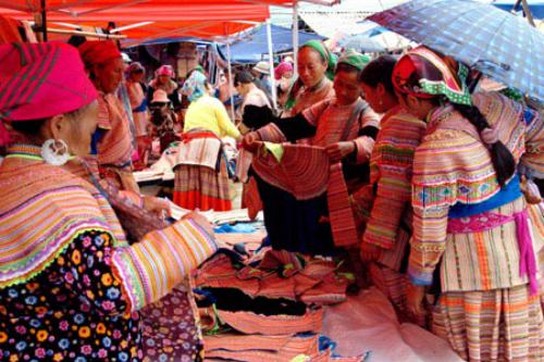 Chợ phiên Sapa - Tây Bắc