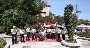 Đà Nẵng – Thưởng thức vang châu Âu trên đỉnh Bà Nà Hills
