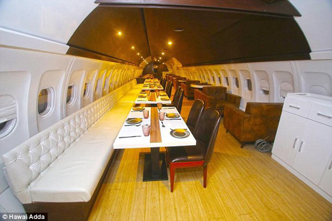 Nhà hàng trên máy bay Hawai Adda - Cho thuê xe miền trung