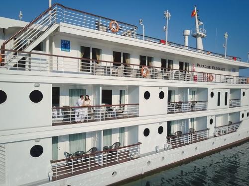 du thuyền Paradise Elegance Vịnh Hạ Long