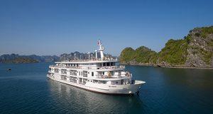 Bên trong du thuyền Paradise Elegance sang trọng tại vịnh Hạ Long