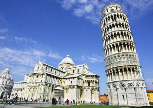 Tháp nghiêng Pisa - Cho thuê xe miền trung
