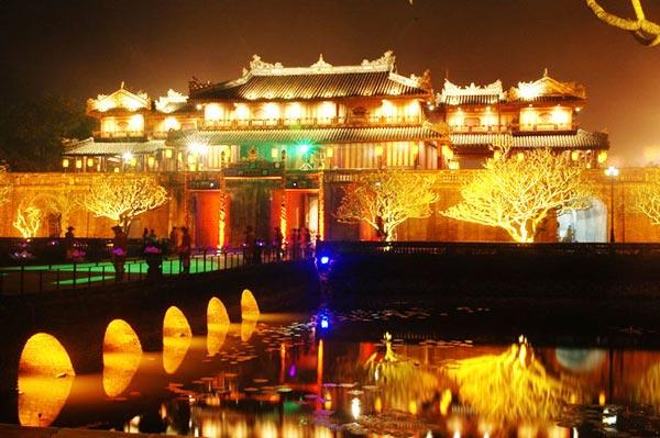 Các lễ hội truyền thống ở Huế
