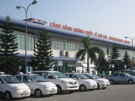 Xe đưa đón tại Sân bay Phú Bài về Huế