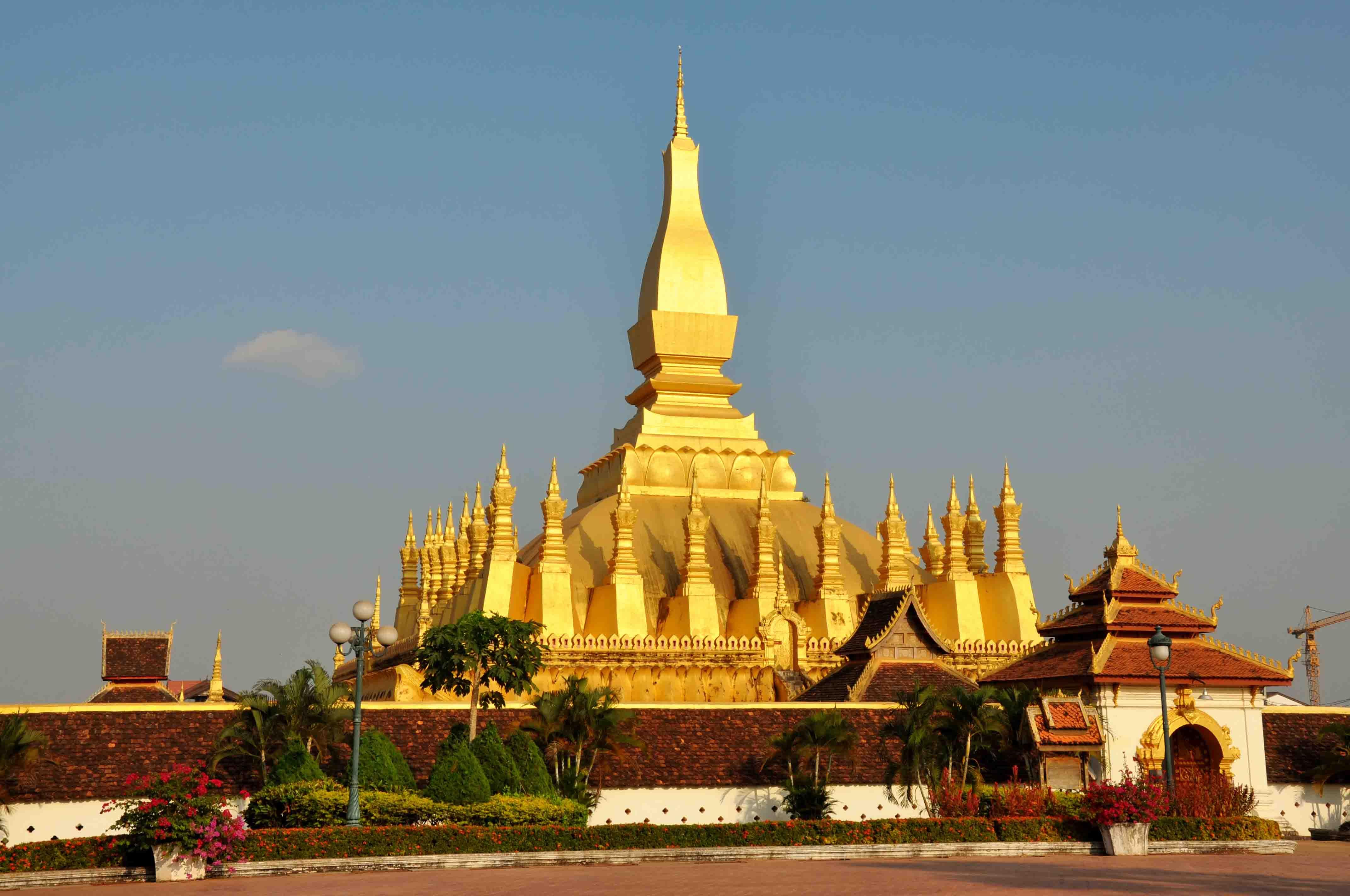Thạt Luổng Viên Chăn du lịch Lào