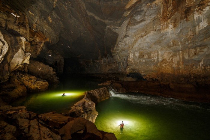 Du lịch Quảng Bình – Một Tú Làn hoang sơ và đẹp đến ngạt thở không kém gì Hang Sơn Đoòng
