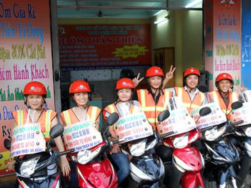 xe ôm ở sân bay Đà nẵng