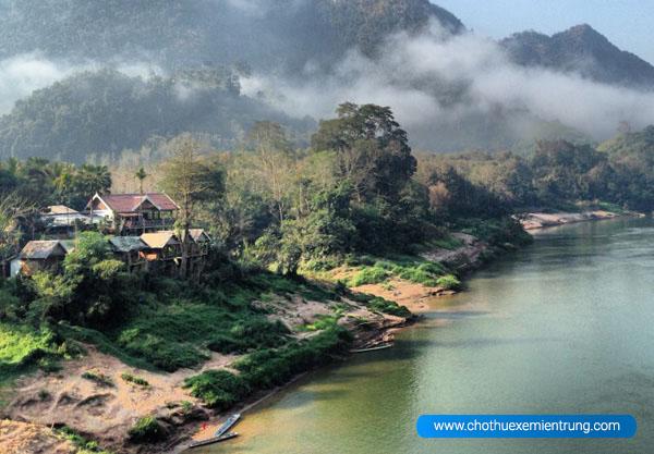 Du lịch Lào có gì, Nong Kiau
