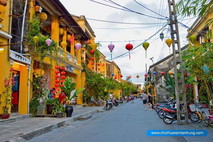 Từ Đà Nẵng đi Huế mất bao lâu, du lịch phố cổ Hội An