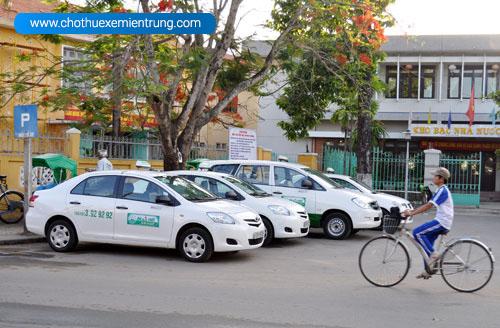 Từ Đà Nẵng đi Huế mất bao lâu, taxi hội an