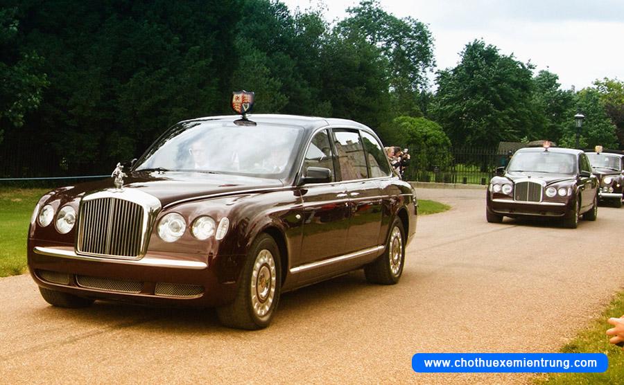 Xe của các nguyên thủ quốc gia, Bentley State Limousine