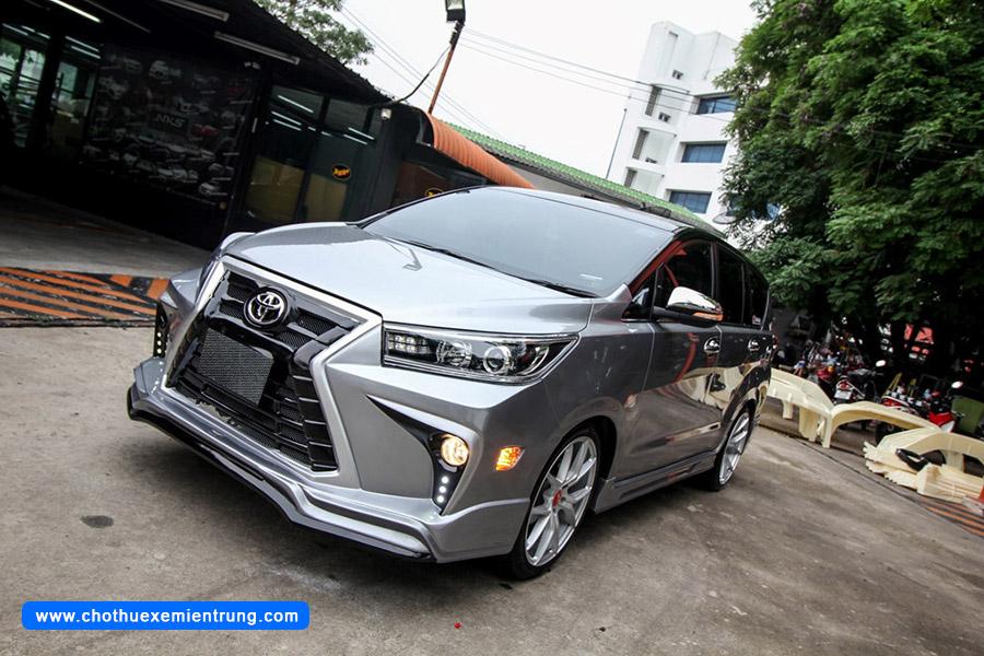 Toyota Innova độ theo phong cách Lexus