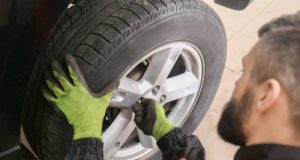 các lầm tưởng khi sử dụng ô tô, thay lốp xe ô tô