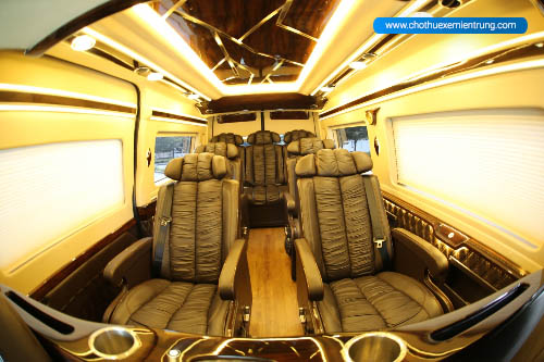 dịch vụ Thuê xe limousine bình dương
