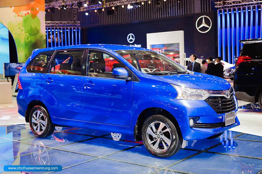 Xe ô tô 7 chỗ nhập khẩu mới