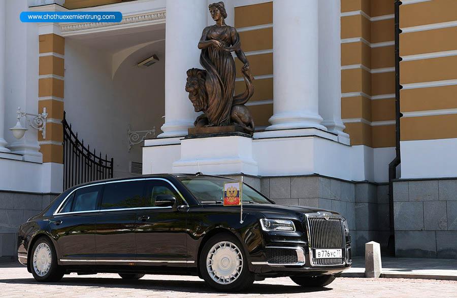 Xe limousine Cortege của ông Putin