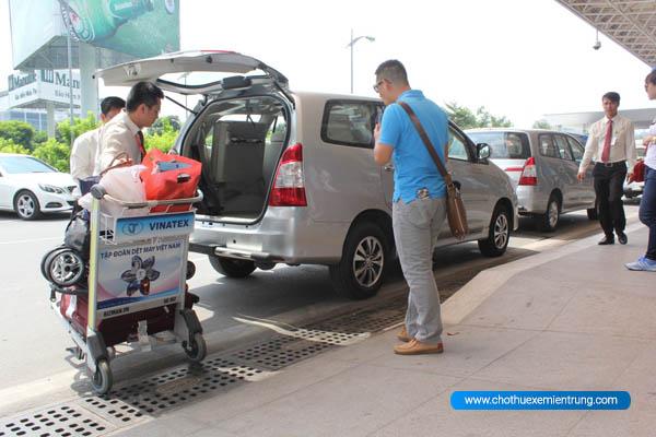 taxi từ sân bay phú bài đi la vang