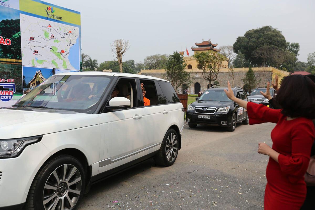 Tour du lịch bằng xe gia đình lần đầu tiên tại Việt Nam