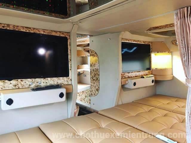 Mua vé Xe Limousine giường nằm Sài Gòn đi Cà Mau