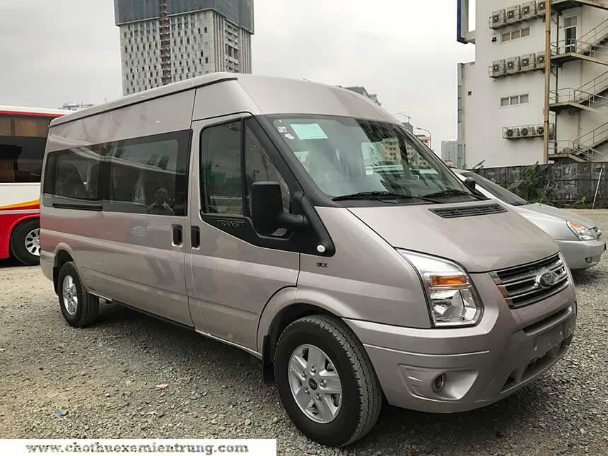 Thuê xe Ford Transit ở Huế