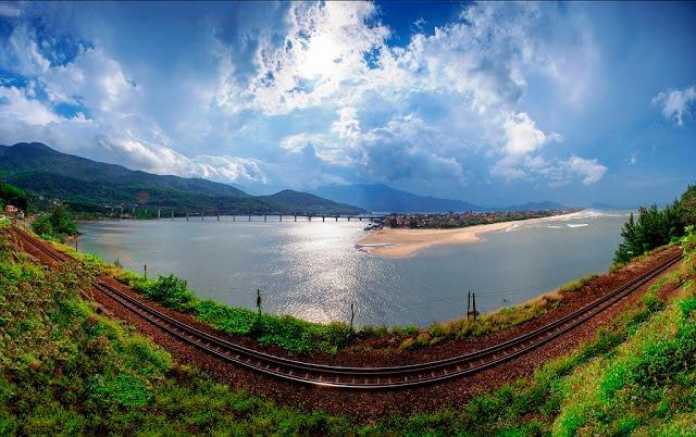 Những điều không thể bỏ lỡ khi du lịch vịnh Lăng Cô, Huế
